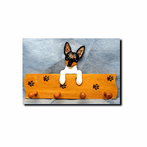 Rat Terrier Dog Four-Peg Hang Up