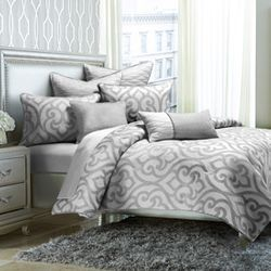 Canterbury Bedding Set