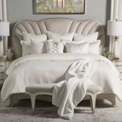 Hailey Bedding Set