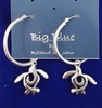 Hoop earrings with swirl turtle