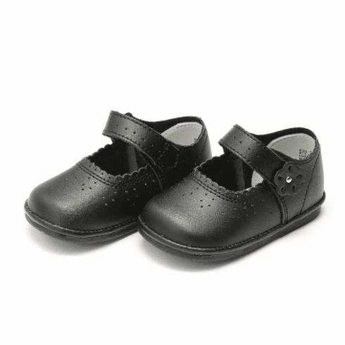 Angel Black Patent Leather Scalloped Mary Jane (PICTURE is Black Leather but Shoe is Black Patent)