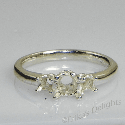 3 Stone Round (3.5mm,6mm,3.5mm) Sterling Silver Ring Setting