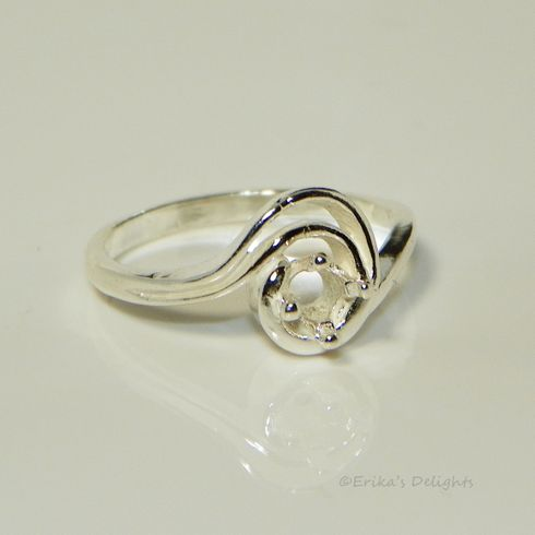 4mm Round Fancy Swirl Sterling Silver Pre-Notched Ring Setting