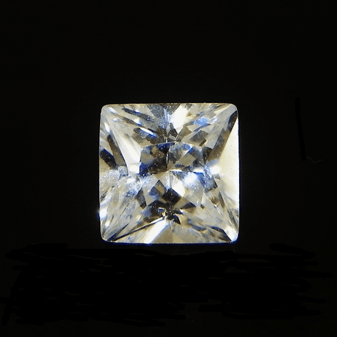 6mm Princess Clear Cubic Zircona 1.95cts