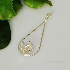 8mm Round TWISTED TEARDROP Sterling Silver Snap Tite Pendant Setting