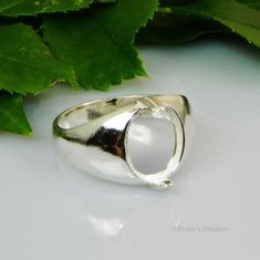 Oval Cab Solitaire