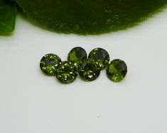 Round Green Peridot (8mm)
