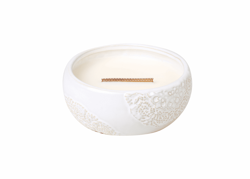 _DISCONTINUED - Cinnamon Cheer Vintage Lace Large Round WoodWick Candle with HearthWick Flame