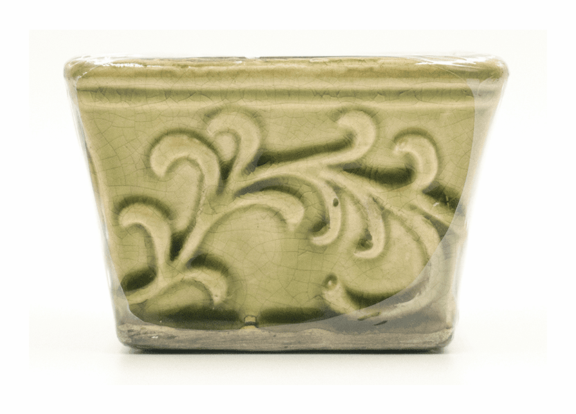 _DISCONTINUED - Coconut Lime English Garden Small Square Swan Creek Candle (Color: Lime)