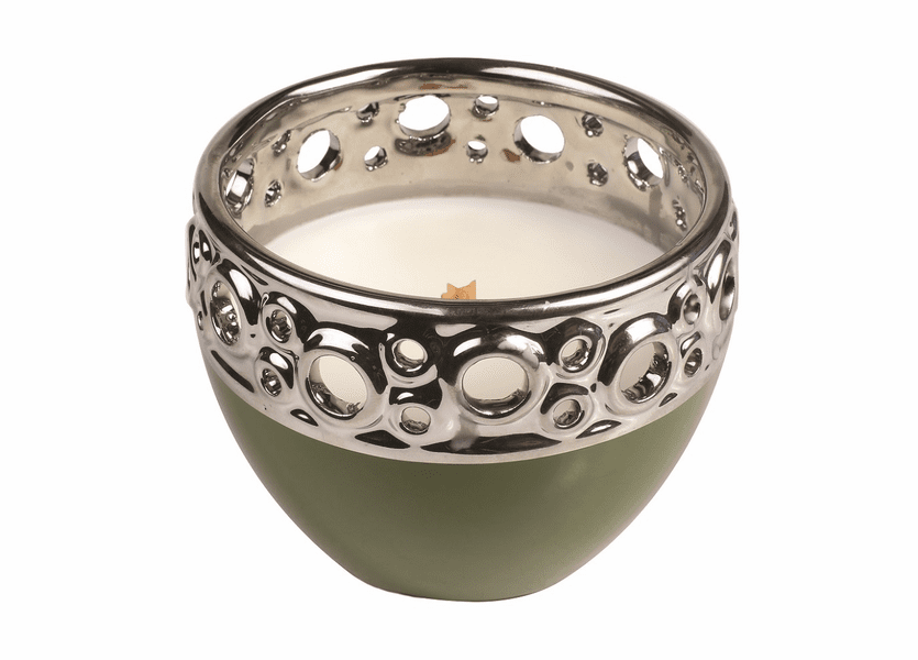 _DISCONTINUED - *Frasier Fir Holiday Green Pierced Tumbler WoodWick Candle