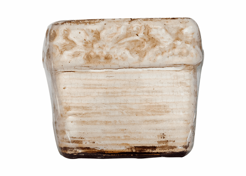 _DISCONTINUED - *French Vanilla Bean Swan Creek Holiday Ribbed Square Pot (Color: White)