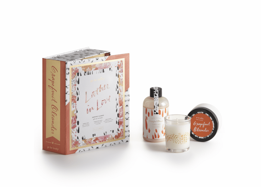 _DISCONTINUED - Grapefruit Oleander Lather in Love Bath Gift Set Illume Candle