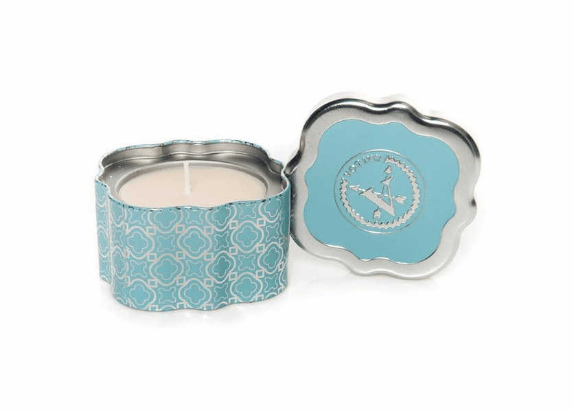 _DISCONTINUED - Icy Blue Pine Holiday Quatrefoil Tin Votivo Candle