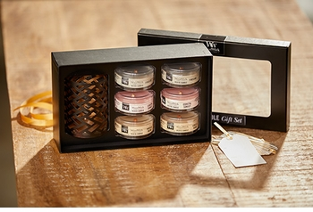Core Deluxe Gift Set by WoodWick Candle