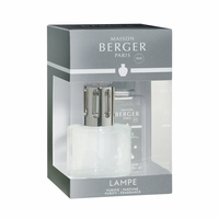 NEW! - Summer Night Frosted Lamp Gift Set with 180 ml (6.08 oz.) Summer Night Fragrance Oil - Lampe Berger by Maison Berger