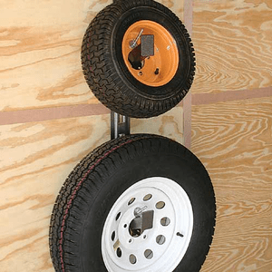 RA-16<br>Spare Tire Carrier<br>  <br>