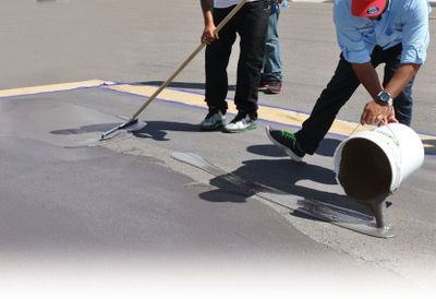 WHY ARMORGARAGE OUTDOOR ASPHALT & CONCRETE COATINGS ARE THE BEST