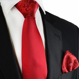 Red Contrast Knot Tie and Pocket Square by Paul Malone