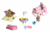 Calico Critters 2537 Sophie's Love 'n Care Set