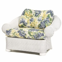 Lloyd Flanders Casa Grande Chair and a Half Cushions
