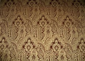 BEACON HILL GILDED PAISLEY RENAISSANCE BAROQUE VELVET FABRIC 10 YARDS GOLD BROWN
