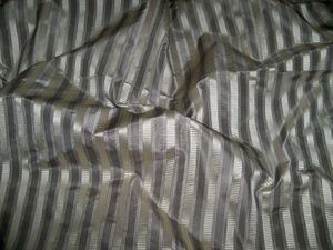 DESIGNER SCALAMANDRE SHIRRED STRIPE SILK TAFFETA FABRIC 21 YARDS PLATINUM SILVER GRAY