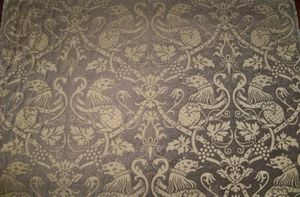 KRAVET COUTURE LEE JOFA HERALDIC GOTHIC DOGS CHENILLE BROCADE FABRIC 10 YARDS
