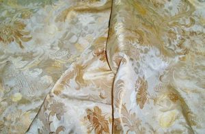 SCALAMANDRE LOUIS XV SILK LAMPAS DAMASK FABRIC 11 YARDS OFF WHITE / IVORY MUTED GOLD