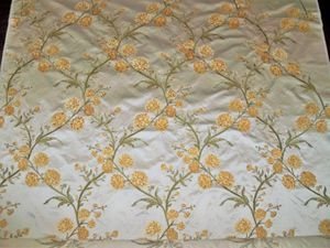 BEACON HILL ROSE QUEEN EMBROIDERED SILK DAMASK FABRIC 10.5 YARDS OYSTER GOLD