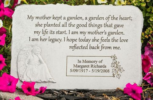 Personalized Mother Memorial Stone - Kept A Garden