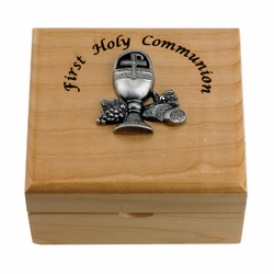 4-3/4 x 4-1/4 x 2-3/4 Inch First Holy Communion Maple Wood Keepsake Box