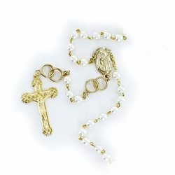 7.5mm Imitation Pearl Beads Wedding Rosary with Crucifix and Madonna Center