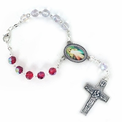 7mm Red/White Crystal Glass Beads Auto Rosary with Divine Mercy Crucifix and Center