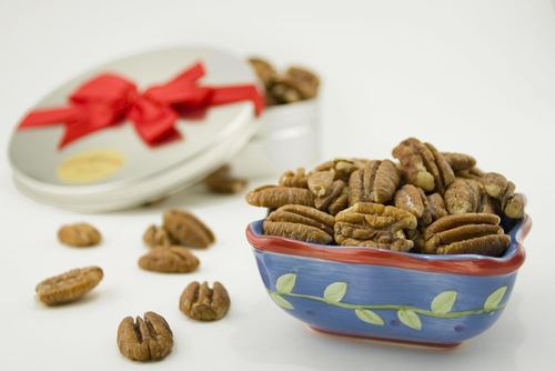 12oz Roasted and Salted Mammoth Pecan Gift Tin