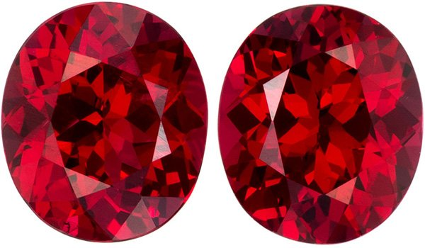 1.67 carats Red Spinel Pair in Fire Engine Red, 6.1 x 5.2 mm Oval Matched Pair Gemstones