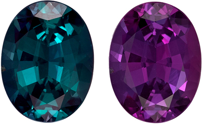 Fine Quality Gubelin Certified Alexandrite Loose Gem, 1.93 carats, Burgundy to Teal Blue Green, Oval Cut, 8.86 x 6.74 x 4.59 mm