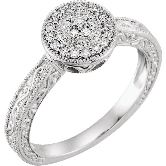 Gorgeous 10 Karat White Gold 0.17 Carat Total Weight Diamond Promise Ring