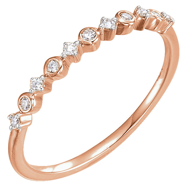 Chic 14 Karat Rose Gold 0.10 Carat Total Weight Diamond Ring