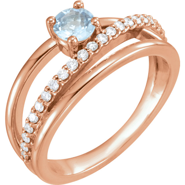 Fine Quality 14 Karat Rose Gold Aquamarine & 0.25 Carat Total Weight Diamond Ring