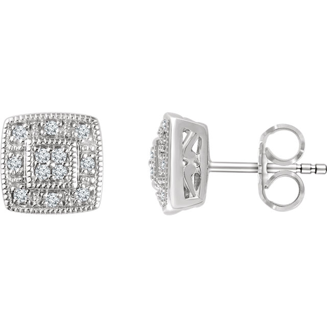 Fine Quality 14 Karat White Gold 0.10 Carat Total Weight Diamond Cluster Earrings