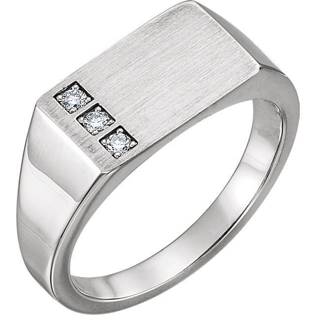 Easy Gift in 14 Karat White Gold 0.10 Carat Total Weight Diamond Signet Ring