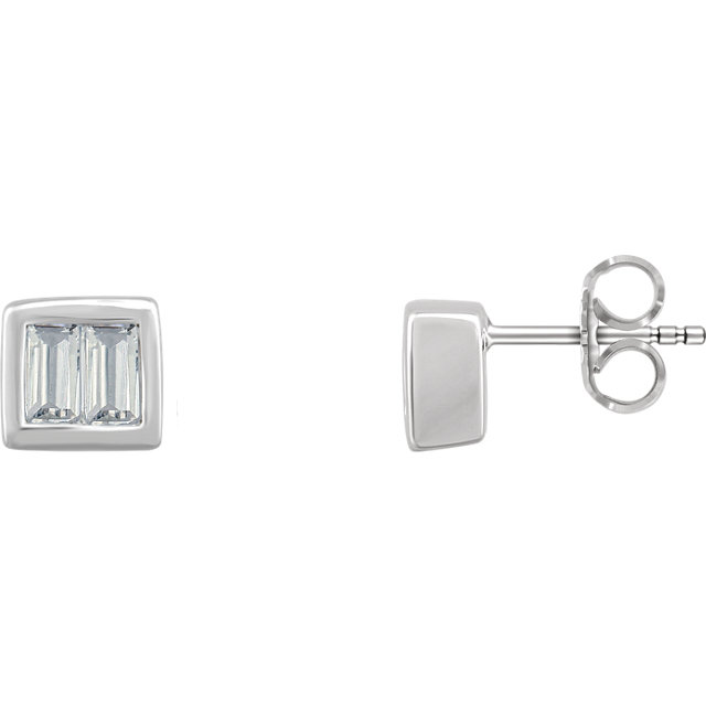 Fine Quality 14 Karat White Gold 0.50 Carat Total Weight Diamond Baguette Stud Earrings