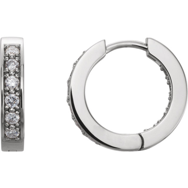 Beautiful 14 Karat White Gold 0.50 Carat Total Weight Diamond Hoop Earrings