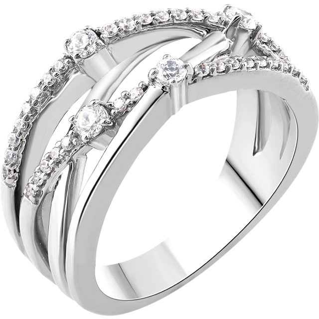 14 Karat White Gold 0.33 Carat Diamond Criss-Cross Ring