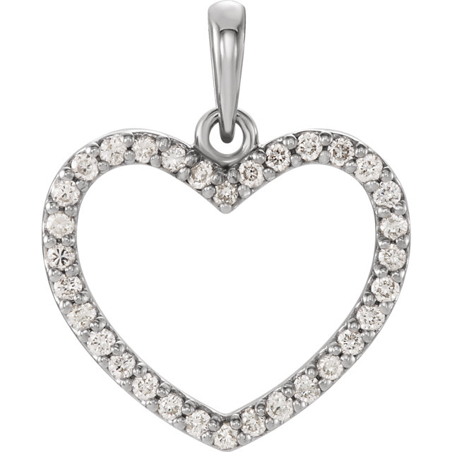14 Karat White Gold 0.25 Carat Diamond Heart Pendant