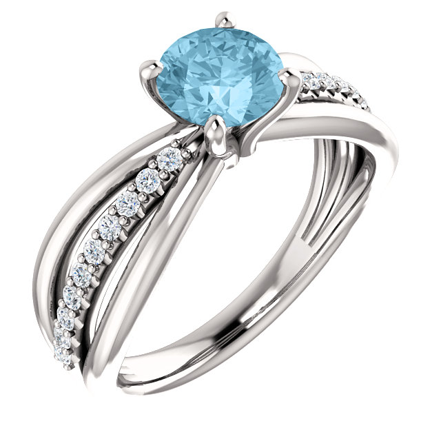Eye Catchy 14 Karat White Gold Aquamarine & 0.17 Carat Total Weight Diamond Ring