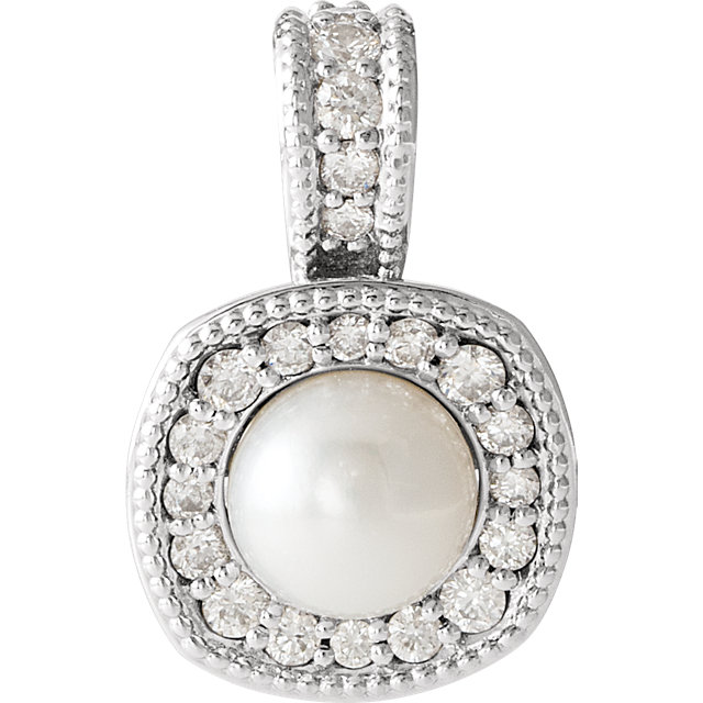 Genuine  14 KT White Gold Freshwater Cultured Pearl & 0.25 Carat TW Diamond Pendant