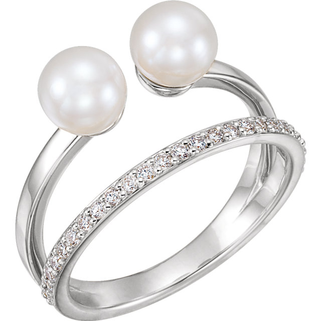 Genuine 14 KT White Gold Freshwater Cultured Pearl & 0.20 Carat TW Diamond Ring