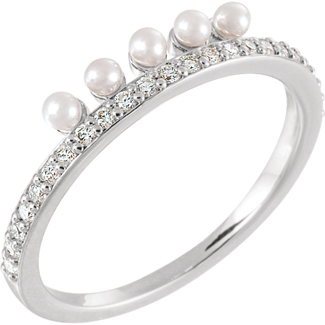 Fine Quality 14 Karat White Gold Freshwater Cultured Pearl & 0.20 Carat Total Weight Diamond Stackable Ring