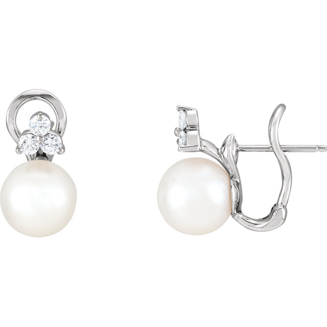 14 Karat White Gold Freshwater Pearl & 0.40 Carat Diamond Earrings